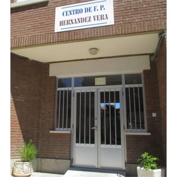 Fachada Centro Hernández Vera