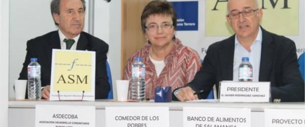 La Fundación Agustín Sánchez Manzanera entrega seis lotes de alimentos