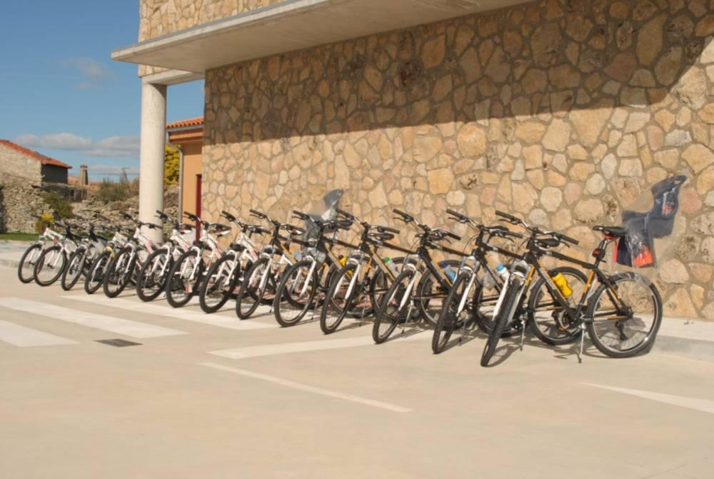 Bicicletas Complejo Turístico Sardón