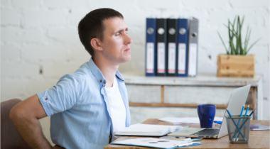 Evitar dolores de espalda en la oficina
