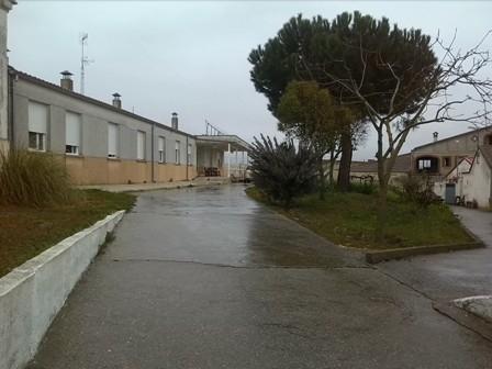 entrada a la residencia luis gonzalez huertas en valdecarros